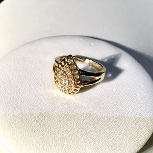 Jewelry - Gold Teardrop Pave Ring